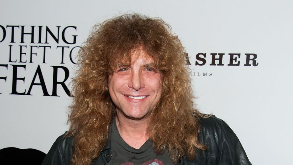 Exbaterista de Guns N' Roses fue hospitalizado de urgencia tras apuñalarse a sí mismo