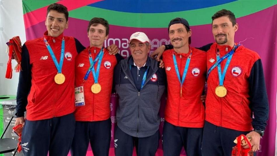 Medallistas de oro en remo.