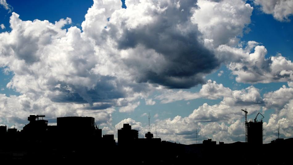 Vuelve el calor a Santiago: Revisa el pronóstico del tiempo para los próximos días