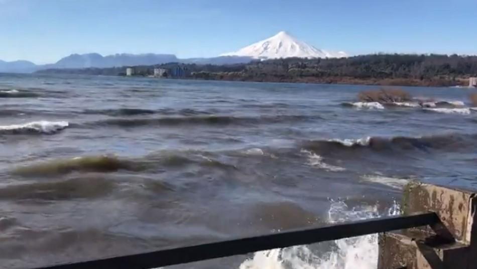 Videos registran inusuales marejadas en lago Villarrica por Viento Puelche