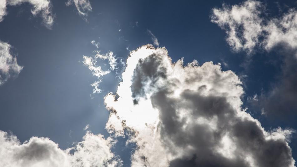 Sigue el calor en Santiago: Revisa el pronóstico del tiempo para los próximos días