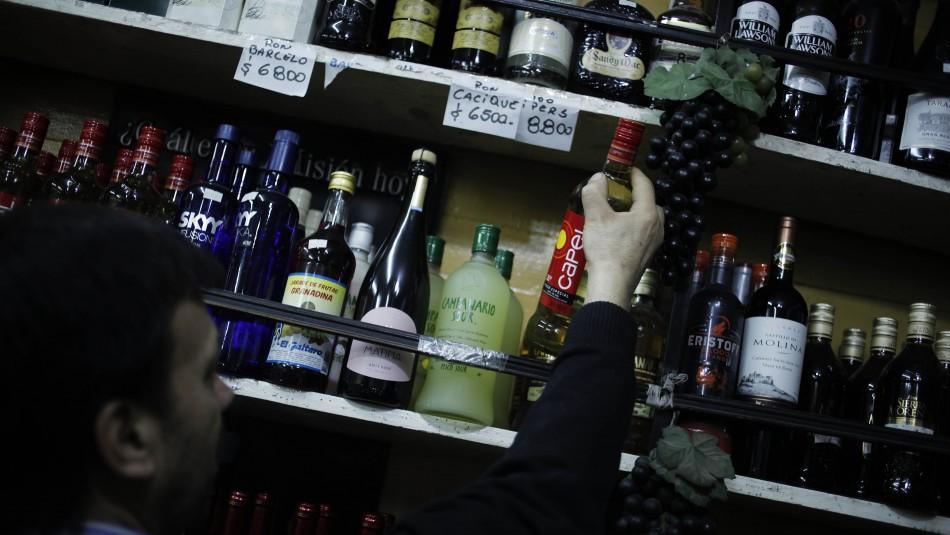 Anuncian creación de servicio especial para evitar venta de alcohol a menores