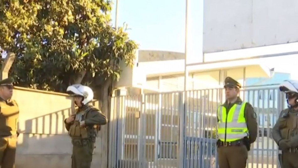 Amenaza de tiroteo en liceo de Viña del Mar provoca operativo policial