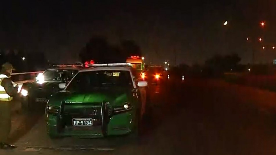 Tres vehículos de Carabineros protagonizan accidente en Quilicura