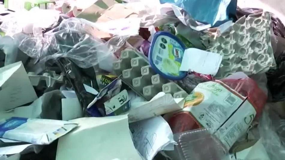 Parte de lo reciclado por los vecinos de Las Condes termina en la basura