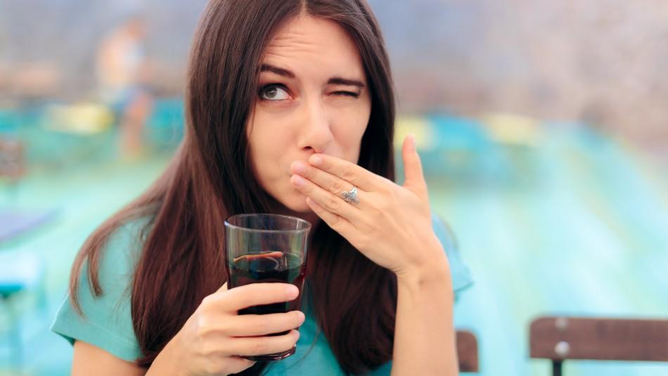 Dar un susto o aguantar la respiración: ¿Cómo parar el hipo?