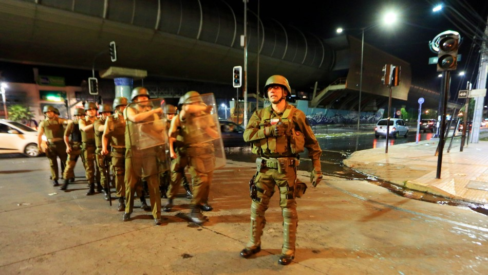 Así informaron medios internacionales el Estado de Emergencia y desmanes en Santiago