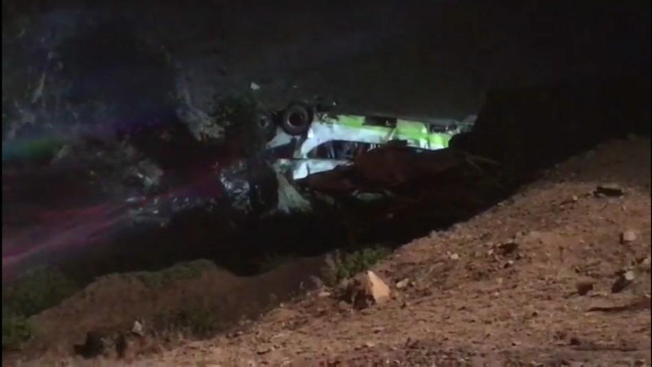 Bomberos tras accidente en Taltal: El bus se desbarrancó en una zona de quebrada