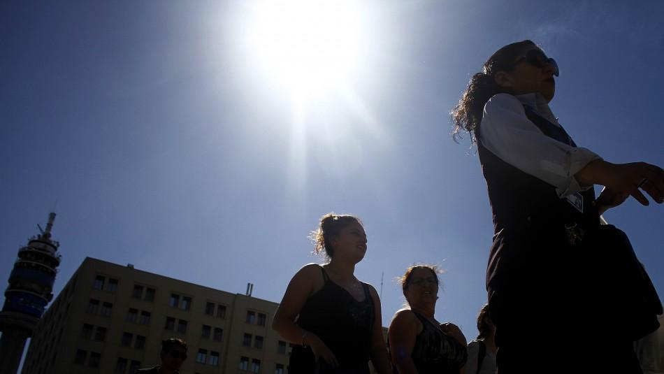 Santiago soleado y con brisa por la tarde: Revisa el pronóstico del tiempo