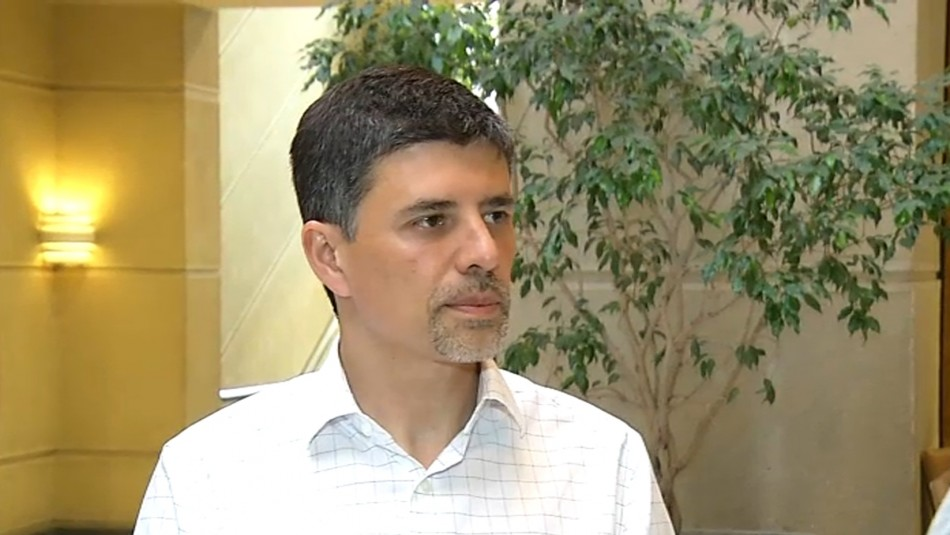 Diputado Marcelo Díaz busca interpelar a los ministros de Hacienda, Salud y Trabajo