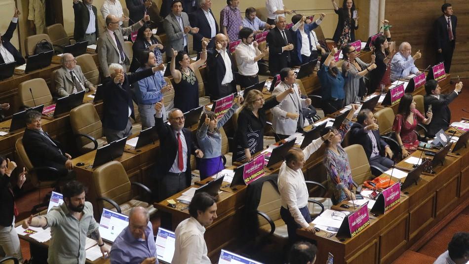Cámara de Diputados aprueba paridad de género en proceso constituyente
