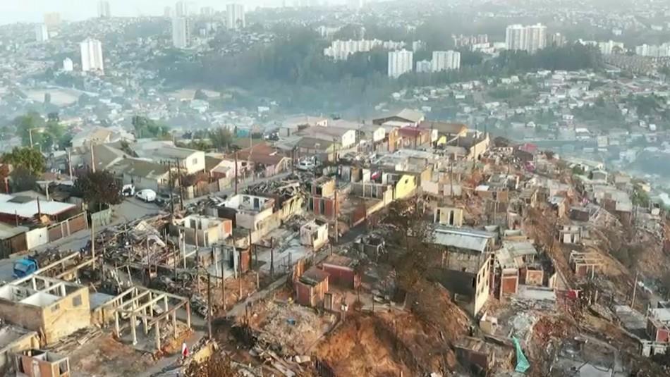 Video de drone evidencia daños tras incendio de Valparaíso