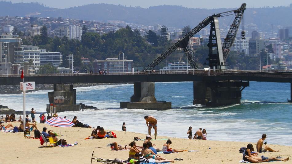 Meteorología emite aviso por altas temperaturas entre regiones de Valparaíso y Biobío
