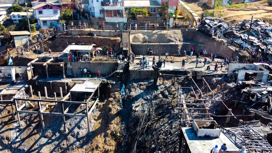 Sharp y querella criminal por incendio en Valparaíso: