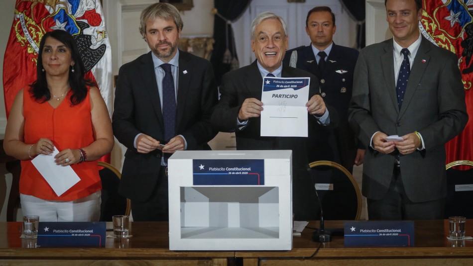 Piñera firma decreto para plebiscito 2020: