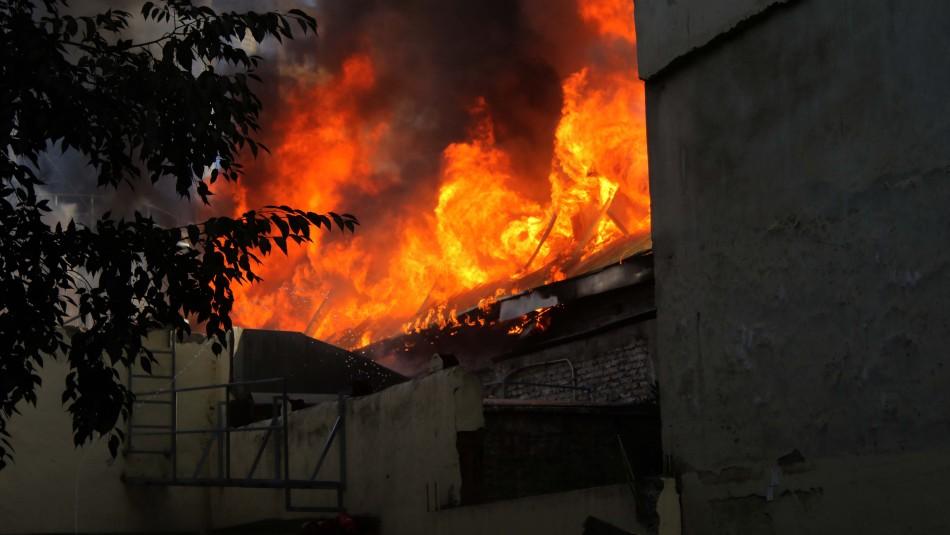 Video muestra interior del Cine Arte Alameda tras incendio de este viernes