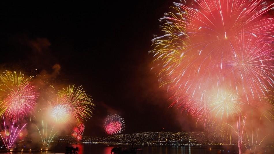 Pese a incendio: Municipalidad de Valparaíso confirma fuegos artificiales para Año Nuevo