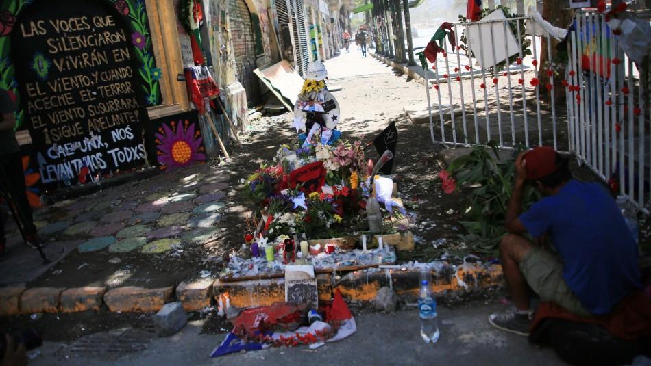 SML confirma identidad de hombre que falleció al caer a un pozo en cercanías de Plaza Italia