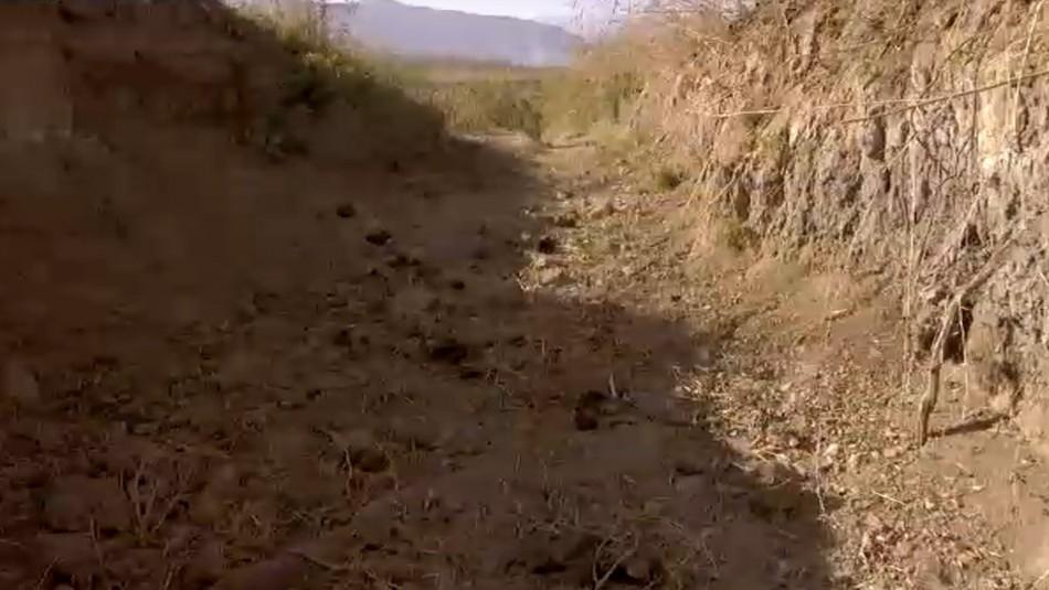 Chile sin agua: 500 mil chilenos dependen de camiones aljibe