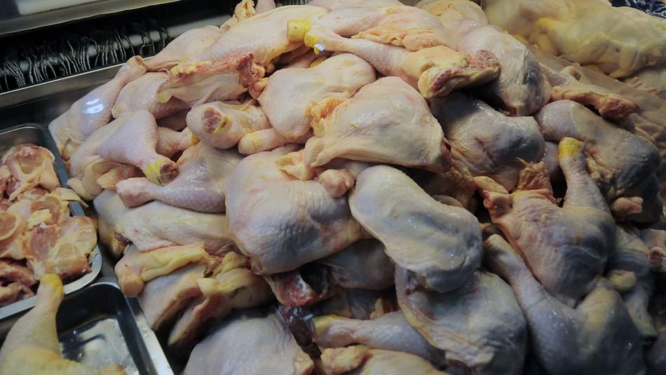 Colusión de pollos: Conadecus recurrirá a la Suprema luego que TDLC declarara inadmisible su demanda