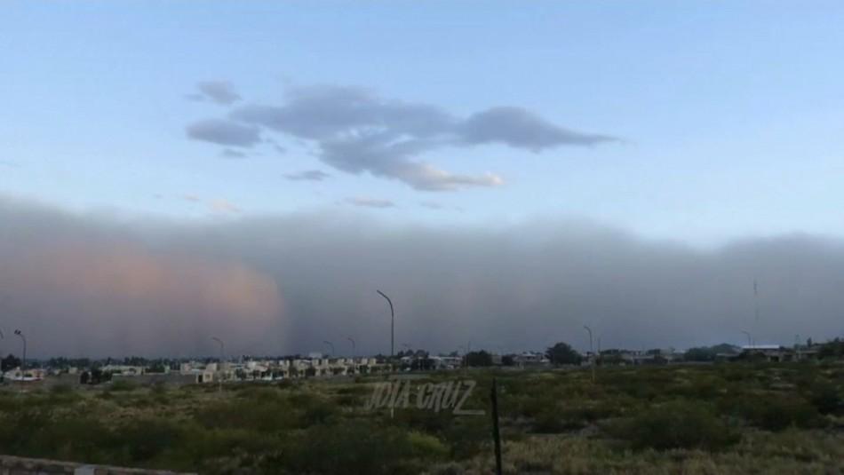 Fenómeno meteorológico deja gran nube de polvo en Mendoza