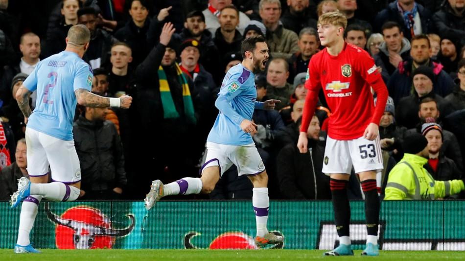 El desafío se juega en Old Trafford.