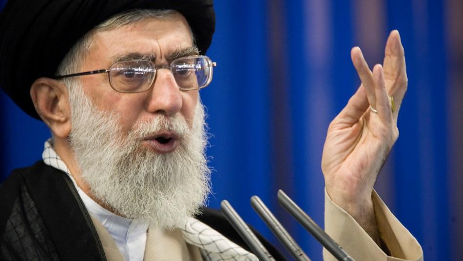 Guía supremo de Irán tras ataque a bases estadounidenses: