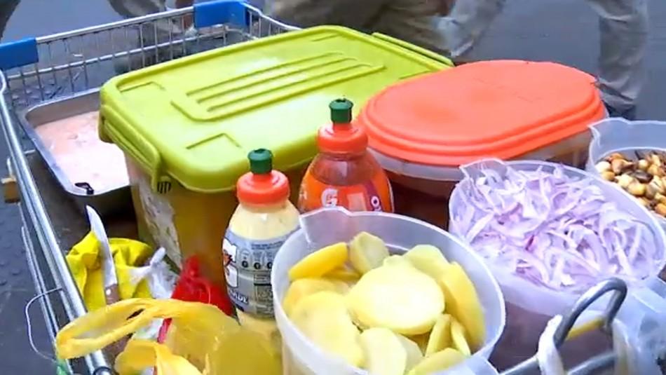 Cocinerías ilegales: Enfrentamientos por la comida callejera