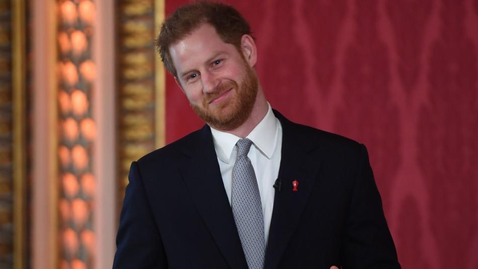 Príncipe Harry hace su primera aparición tras haber