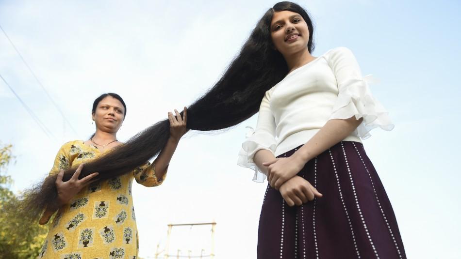 Adolescente apodada Rapunzel obtiene récord Guinness por la cabellera más larga del mundo