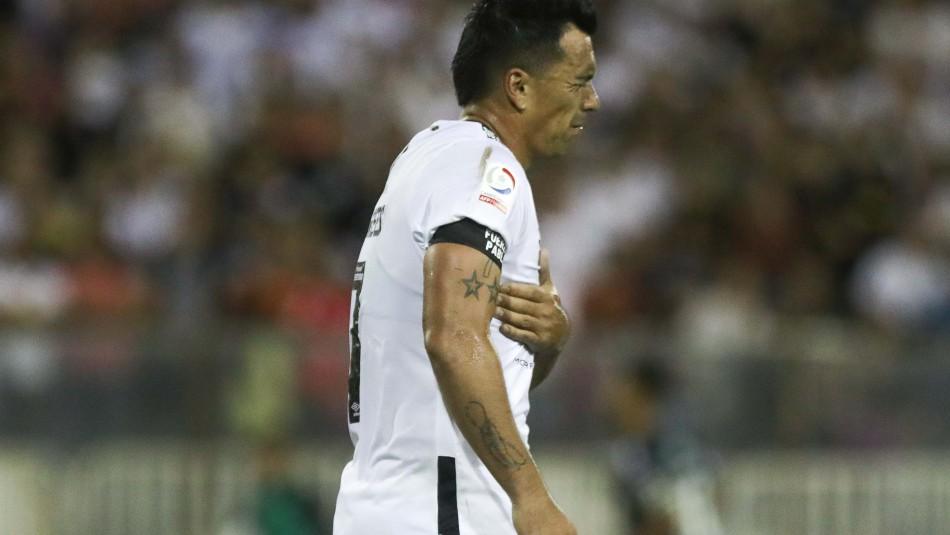 Esteban Paredes es baja en Colo Colo.