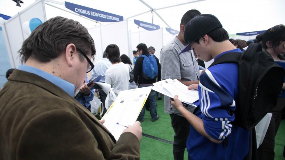 Ipsos: Crece la preocupación por el desempleo entre los chilenos