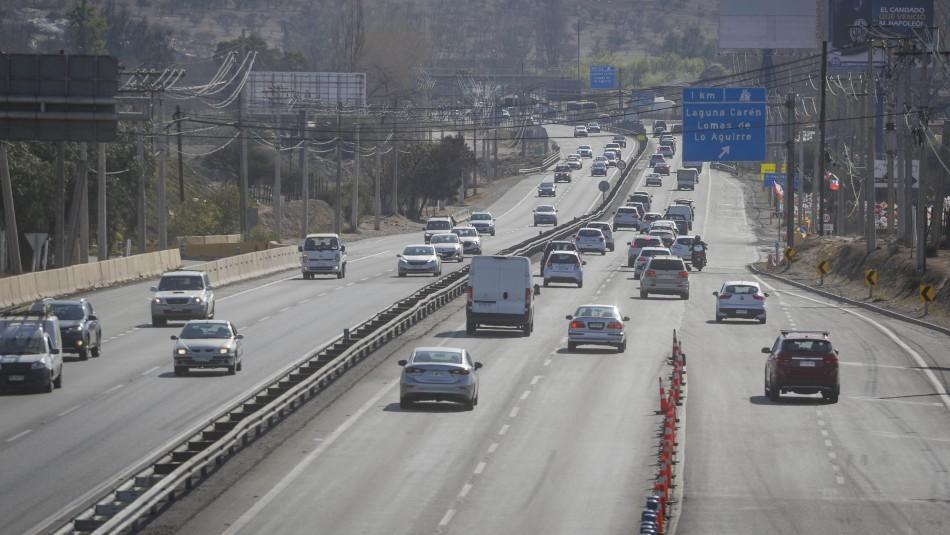 Recambio de veraneantes: Más de 320 mil autos dejarán Santiago este fin de semana