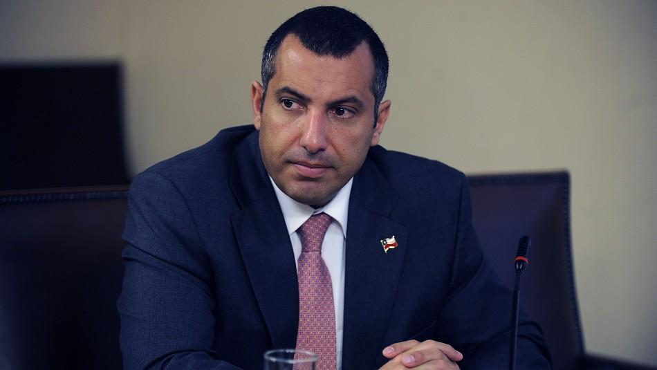Gustavo Hasbún anuncia que suspenderá su militancia en la UDI