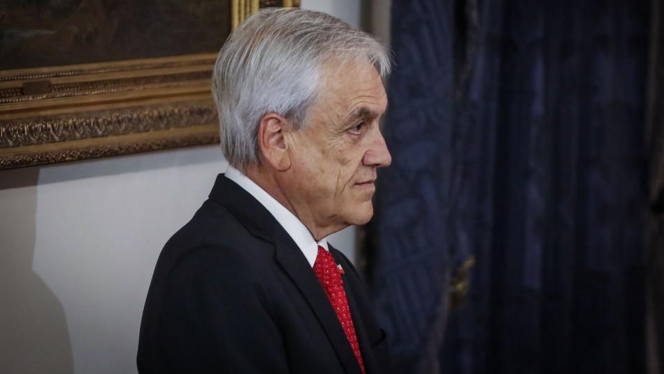 Cadem: Piñera mantiene aprobación del 12% y apoyo a movilizaciones llega al 66%