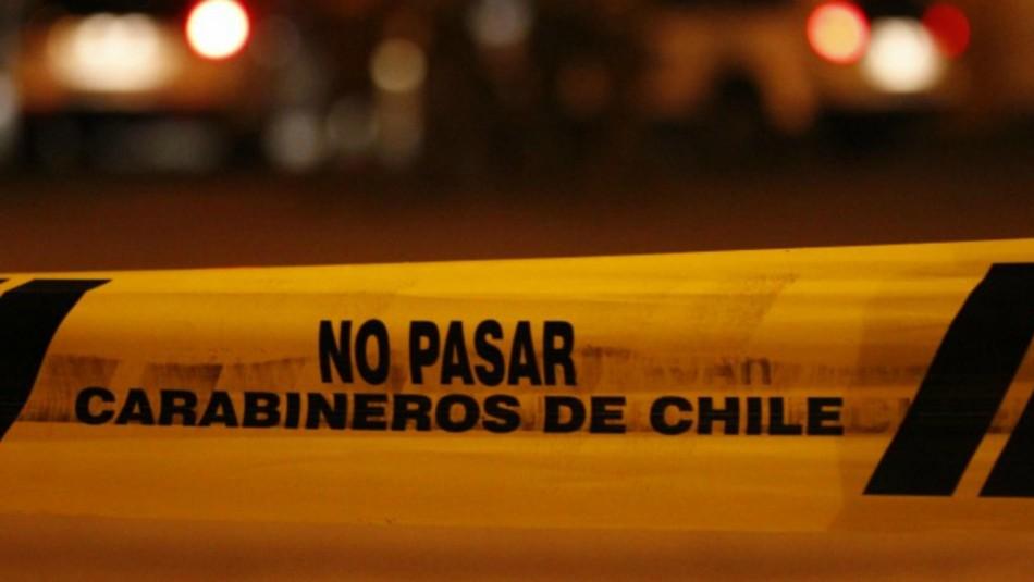 Dos muertos deja colisión de vehículo contra barrera de contención en Hualpén