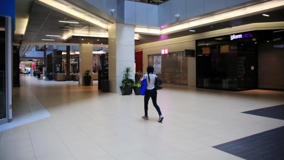 Anuncian cierre de centros comerciales desde este jueves por avance de coronavirus