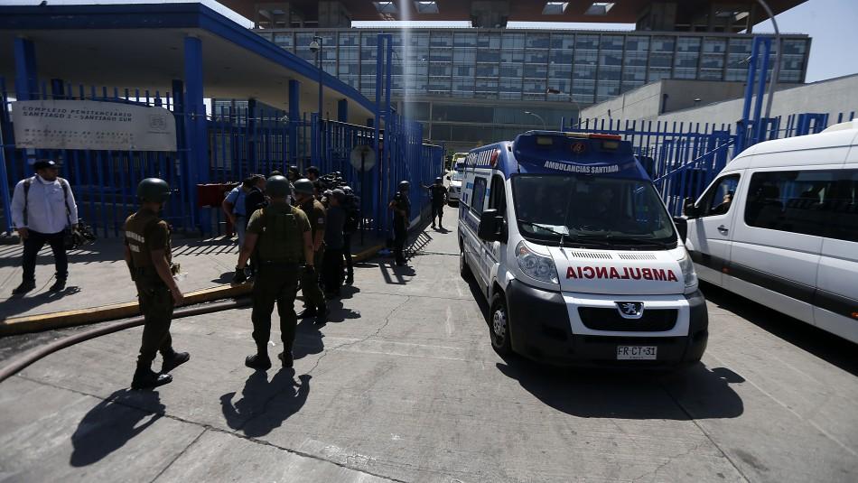 Gendarmería frustra intento de fuga en Santiago 1: Gendarmes e internos resultaron lesionados