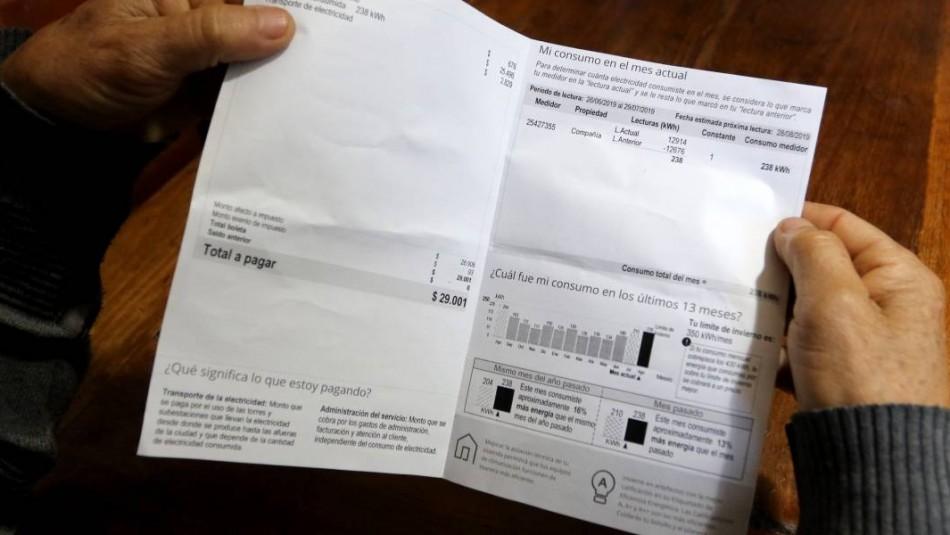 Suspensión de cortes y prorrateo de saldos: ¿En qué consiste el plan de ayuda para cuentas de electricidad?