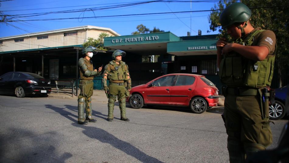 Amago de incendio en cárcel de Puente Alto: Gendarmería confirma un interno positivo por COVID-19
