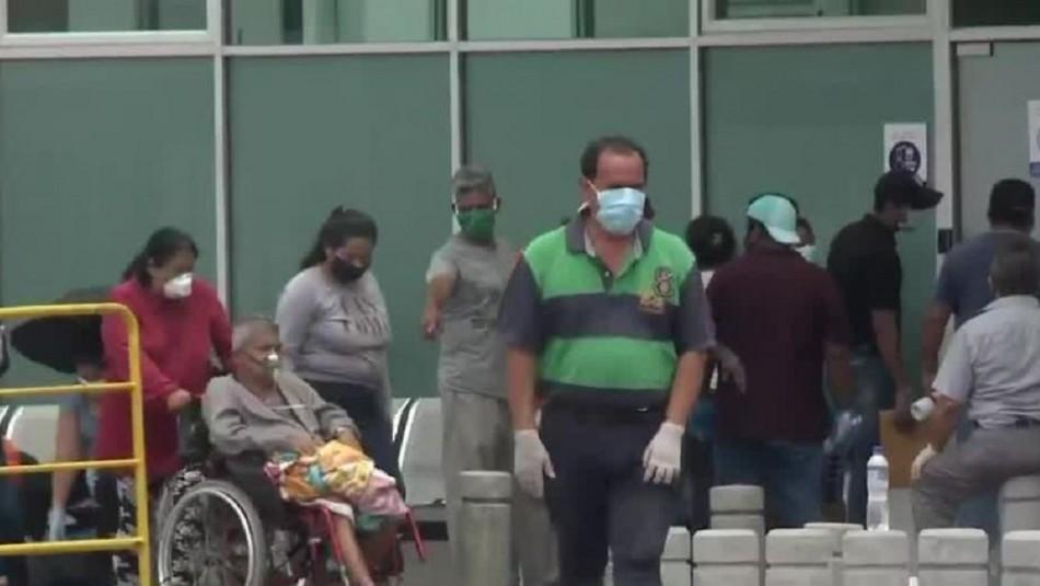 Cadáveres en las casas y pacientes en las calles: El dramático escenario de Ecuador por el coronavirus