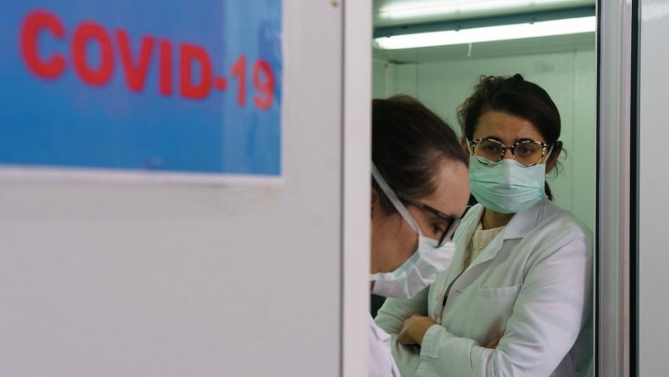 Resistiré: Médicos chilenos en la zona cero de la pandemia por coronavirus