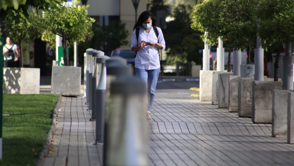 Las Condes aprueba ordenanza que obliga a usar mascarillas en lugares públicos
