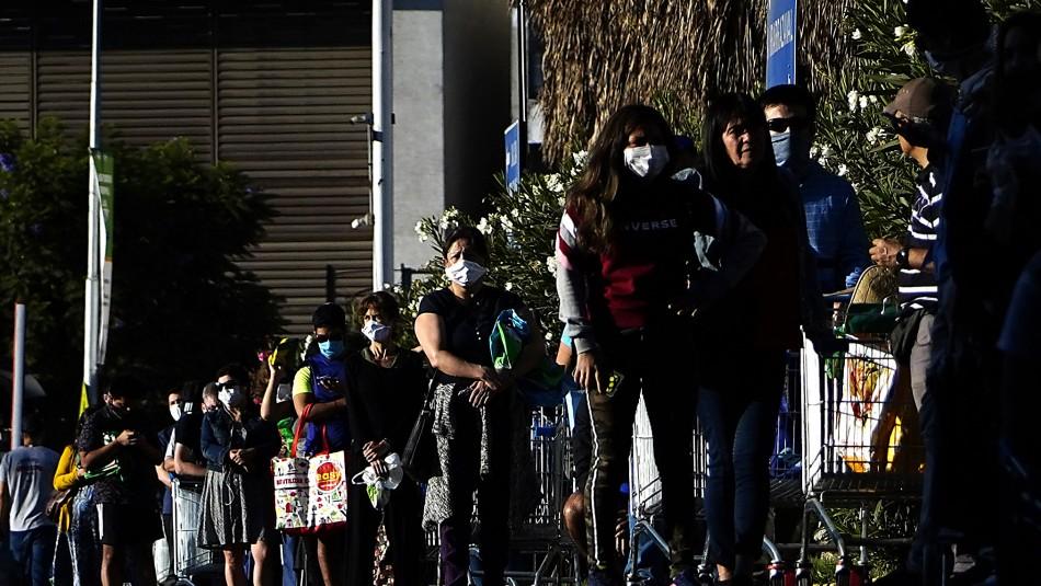 Gobierno anuncia querella contra dos contagiados por COVID-19 sorprendidos en supermercado de Ñuñoa