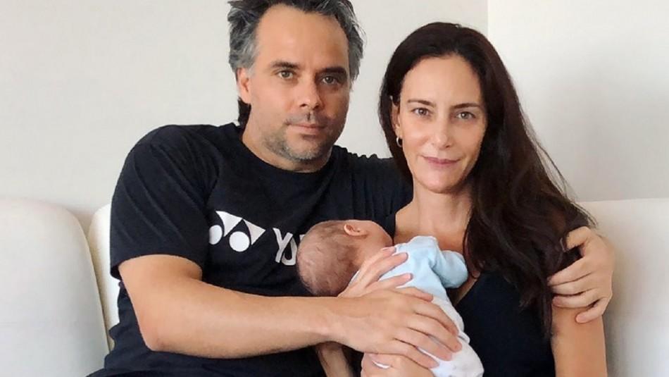 Fernando González y su familia junto a Luciana Aymar.