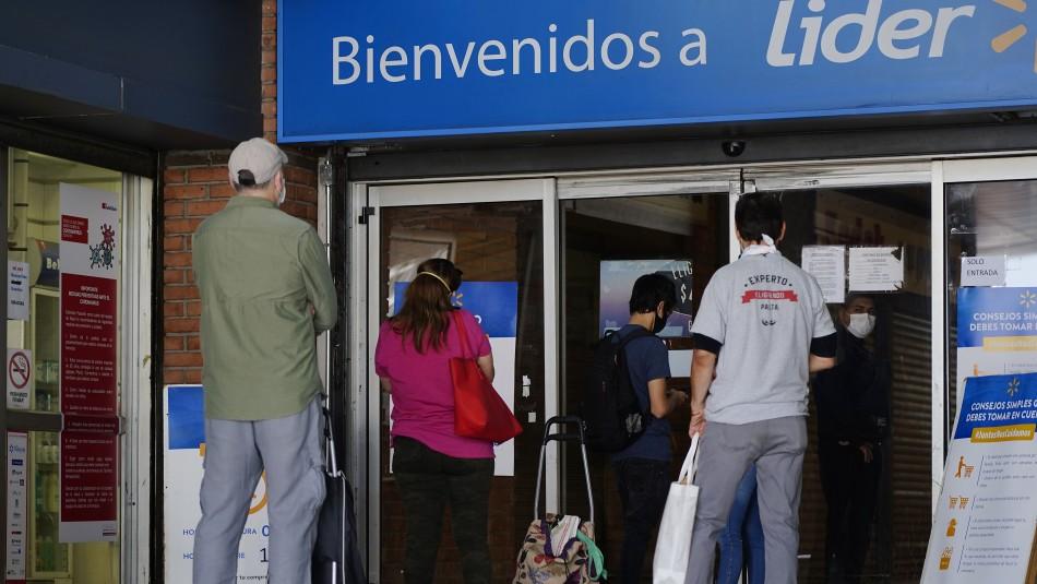 Supermercados de Walmart tendrán acceso preferente para trabajadores de la salud