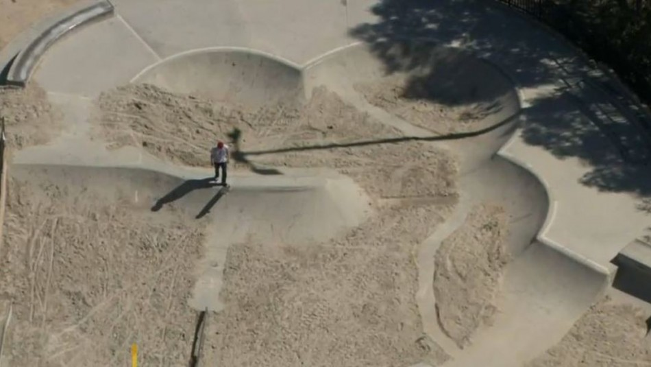Llenan de arena parque de skate en Estados Unidos para que deportistas no vayan al lugar