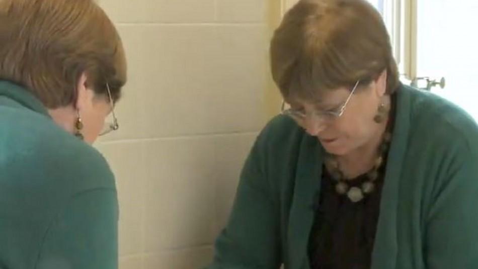 Bachelet llama a tomar conciencia del coronavirus con video sobre el lavado de manos