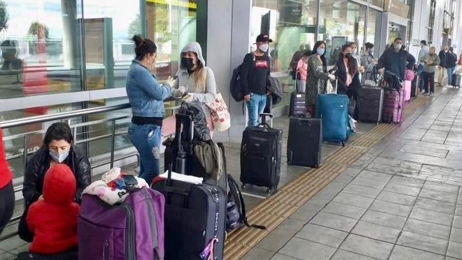 Cancillería confirma vuelo desde Colombia con 179 chilenos y residentes extranjeros varados