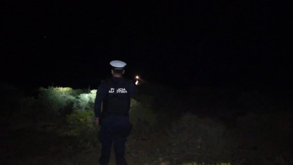 Realizan búsqueda de persona que cayó al mar en roqueríos de Laguna Verde
